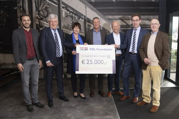 VDL Foundation doneert 25.000 euro aan Jeugdfonds Sport Friesland